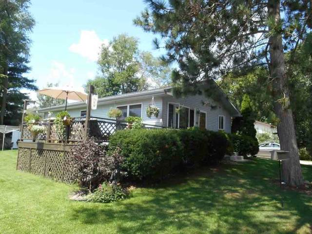 63 Timber Tr, Montello, WI 53949 (#1869537) :: HomeTeam4u