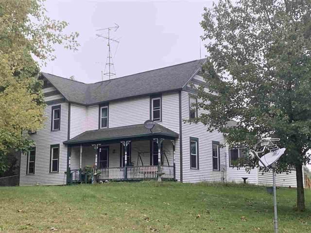 1436 18th Ave, Strongs Prairie, WI 54613 (#1869766) :: HomeTeam4u