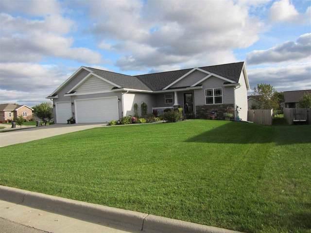 605 Prairie View Dr, Evansville, WI 53536 (#1869975) :: HomeTeam4u