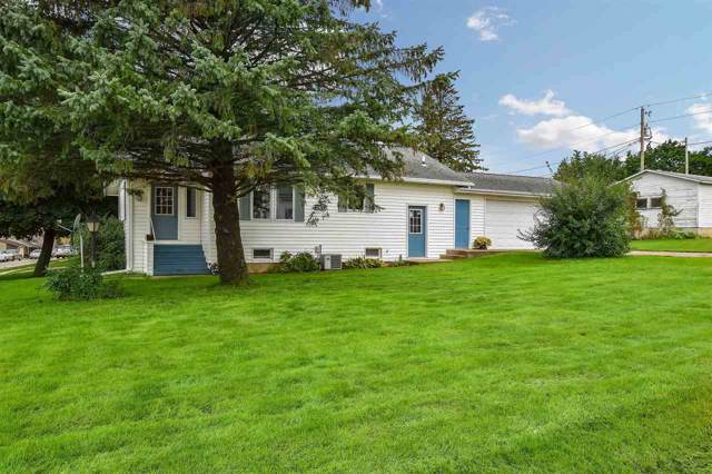 132 E Church St, Dodgeville, WI 53533 (#1870030) :: HomeTeam4u