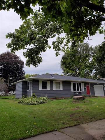 1225 N Randall Ave, Janesville, WI 53545 (#1870107) :: HomeTeam4u