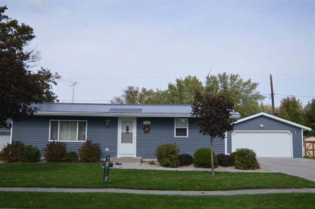 804 Rock River Ave, Waupun, WI 53963 (#1870352) :: HomeTeam4u