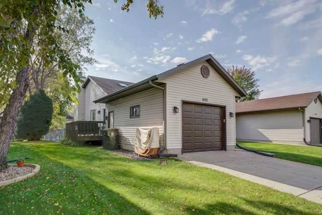 605 Granite Way, Sun Prairie, WI 53590 (#1870377) :: Nicole Charles & Associates, Inc.