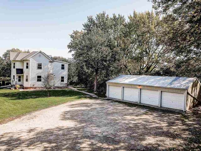5564 River Rd, Westport, WI 53597 (#1870475) :: HomeTeam4u