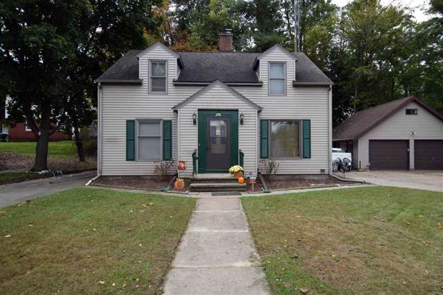 270 8th St, Reedsburg, WI 53959 (#1870519) :: Nicole Charles & Associates, Inc.
