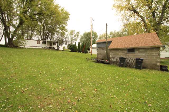 10439 E County Road A, Johnstown, WI 53190 (#1870811) :: HomeTeam4u