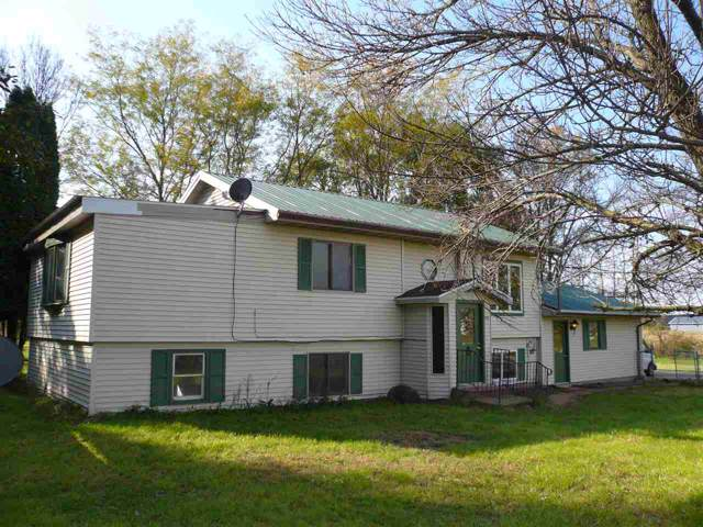 529 Waterloo Rd, Medina, WI 53559 (#1870912) :: Nicole Charles & Associates, Inc.