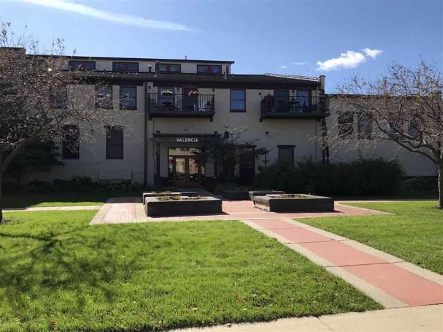 7777 Elmwood Ave, Middleton, WI 53562 (#1870992) :: Nicole Charles & Associates, Inc.