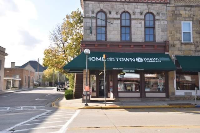 206 N Iowa St, Dodgeville, WI 53533 (#1871347) :: HomeTeam4u