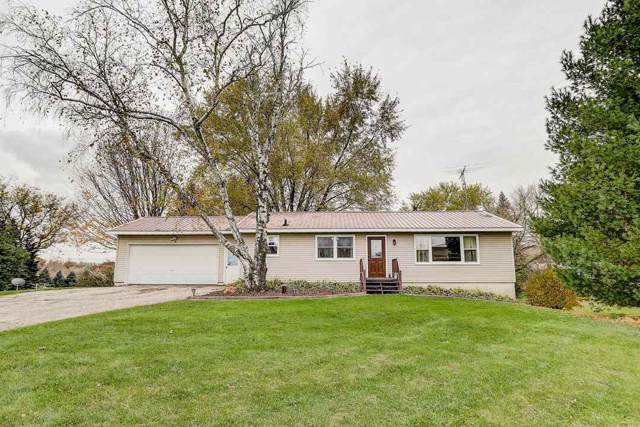 4901 Creek Haven Rd, Sun Prairie, WI 53527 (#1871377) :: Nicole Charles & Associates, Inc.