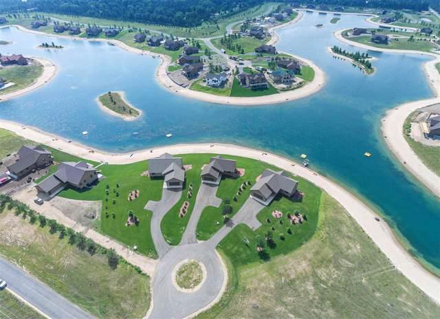 N8555 Lake Cabin Dr, Germantown, WI 53950 (#1871642) :: HomeTeam4u