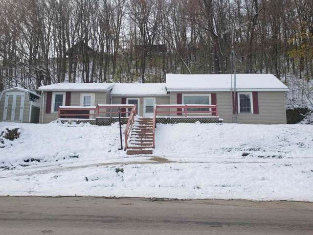 407 W River St, Darlington, WI 53530 (#1871824) :: Nicole Charles & Associates, Inc.