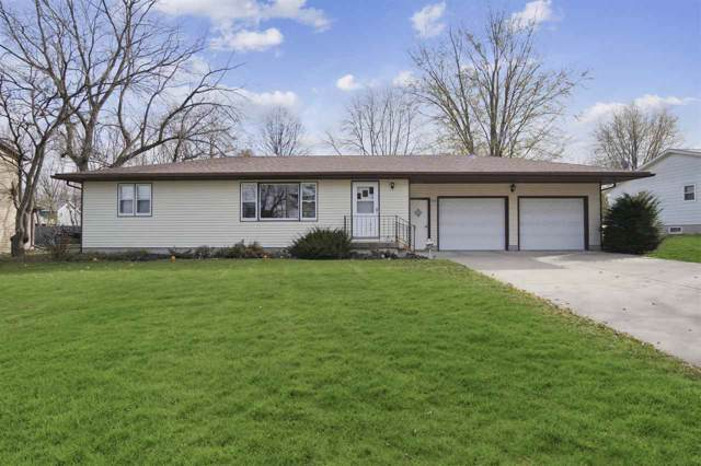 438 Hubbell St, Marshall, WI 53559 (#1872167) :: Nicole Charles & Associates, Inc.