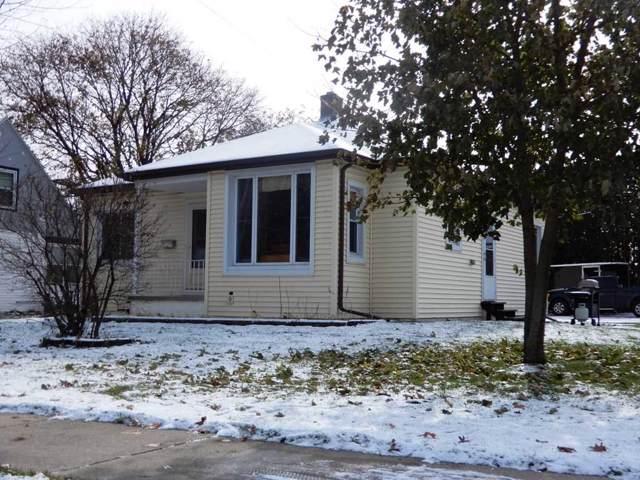 725 W Fulton, Edgerton, WI 53534 (#1872262) :: HomeTeam4u