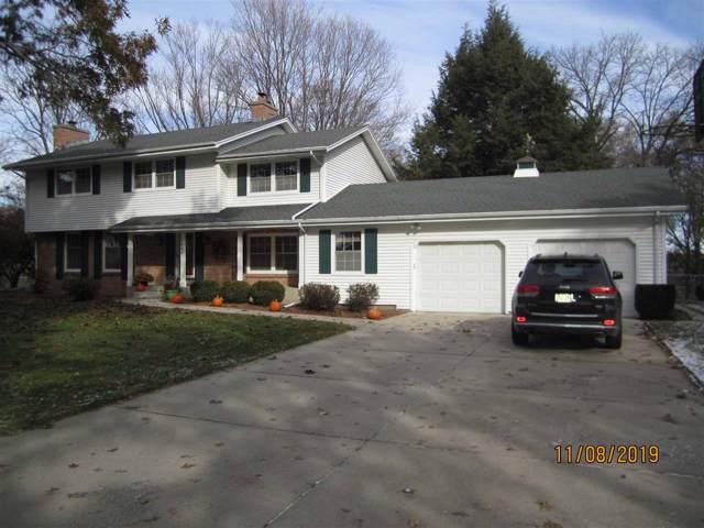 2640 Cherokee Rd, Janesville, WI 53545 (#1872333) :: Nicole Charles & Associates, Inc.