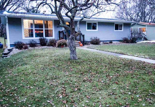 670 S Cairns Ave, Richland Center, WI 53581 (#1872352) :: HomeTeam4u