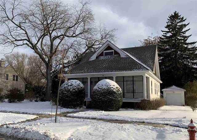 168 W Lake Park Pl, Lake Mills, WI 53551 (#1872484) :: HomeTeam4u