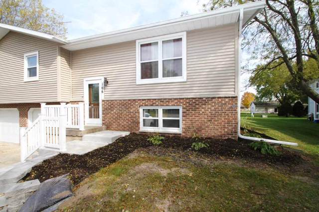106 Ash St, Sauk City, WI 53583 (#1872536) :: Nicole Charles & Associates, Inc.