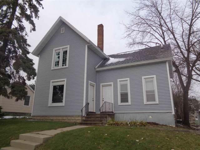 103 W State St, Fox Lake, WI 53933 (#1872602) :: Nicole Charles & Associates, Inc.