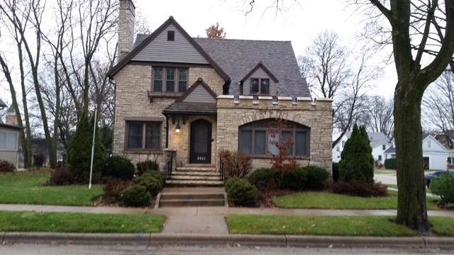 2021 16th St, Monroe, WI 53566 (#1872920) :: HomeTeam4u