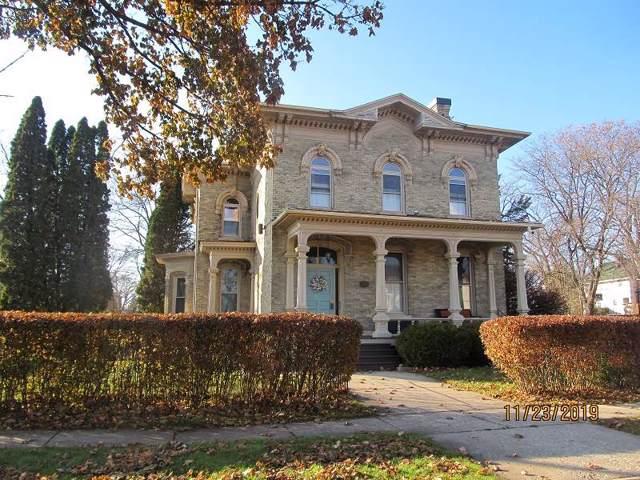 220 S Academy St, Janesville, WI 53548 (#1872984) :: Nicole Charles & Associates, Inc.