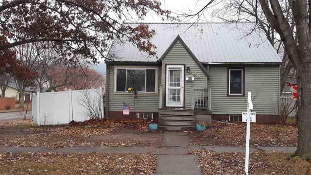 820 N Wacouta Ave, Prairie Du Chien, WI 53821 (#1873499) :: Nicole Charles & Associates, Inc.