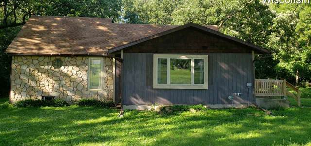 W7810 County Road Cs/Q, Dekorra, WI 53955 (#1873642) :: Nicole Charles & Associates, Inc.