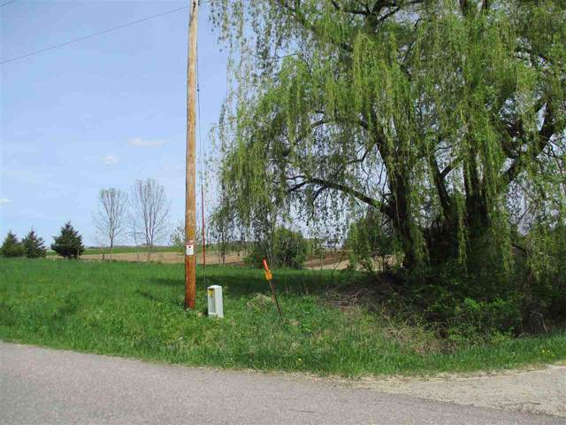 S5094 Golf Course Rd, Westfield, WI 53961 (#1873769) :: HomeTeam4u