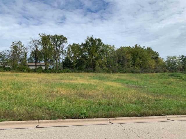 1060 Fox Ridge Rd, Platteville, WI 53818 (#1873920) :: Nicole Charles & Associates, Inc.
