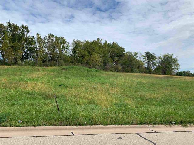 1040 Fox Ridge Rd, Platteville, WI 53818 (#1873922) :: Nicole Charles & Associates, Inc.