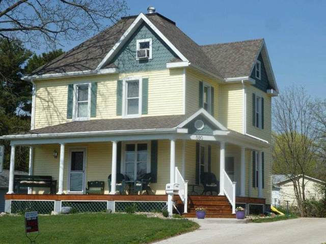 580 S Chestnut St, Platteville, WI 53818 (#1874239) :: HomeTeam4u