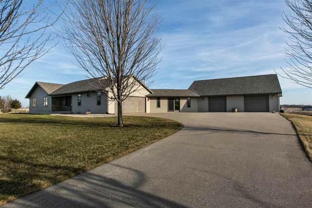 7068 Ioka Ridge Rd, Platteville, WI 53818 (#1875252) :: HomeTeam4u