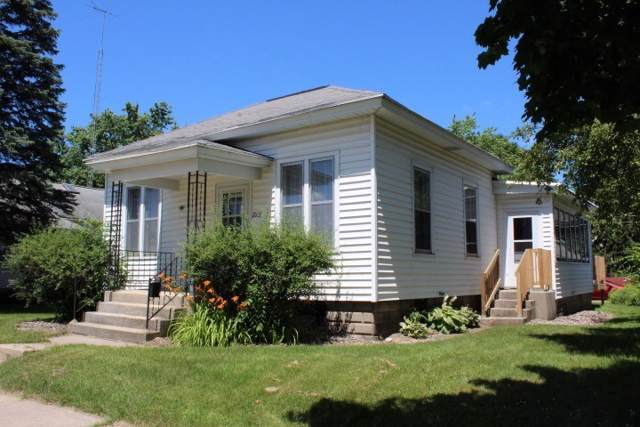 715 W Cook St, Portage, WI 53901 (#1875352) :: Nicole Charles & Associates, Inc.