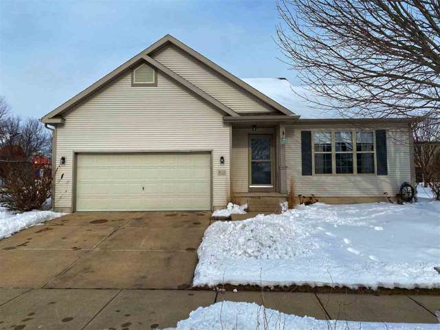 6922 Mill Bluff Dr, Madison, WI 53704 (#1875402) :: Nicole Charles & Associates, Inc.