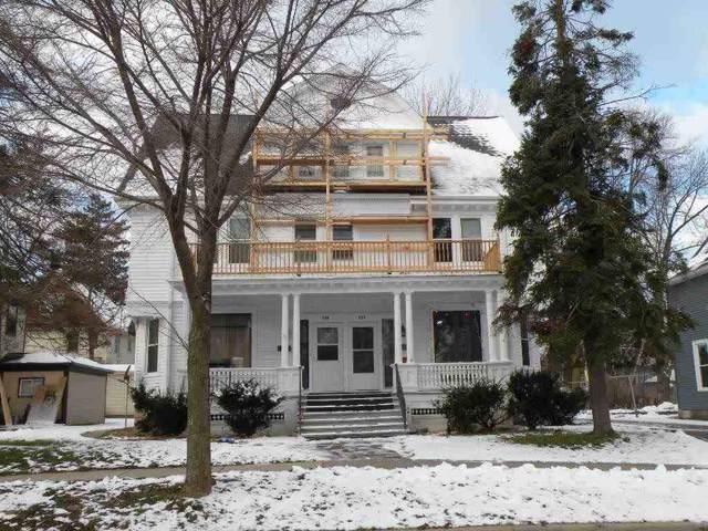 556/558 Newbury St, Ripon, WI 54971 (#1875566) :: Nicole Charles & Associates, Inc.