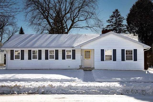 4925 Sherwood Rd, Madison, WI 53711 (#1875904) :: Nicole Charles & Associates, Inc.
