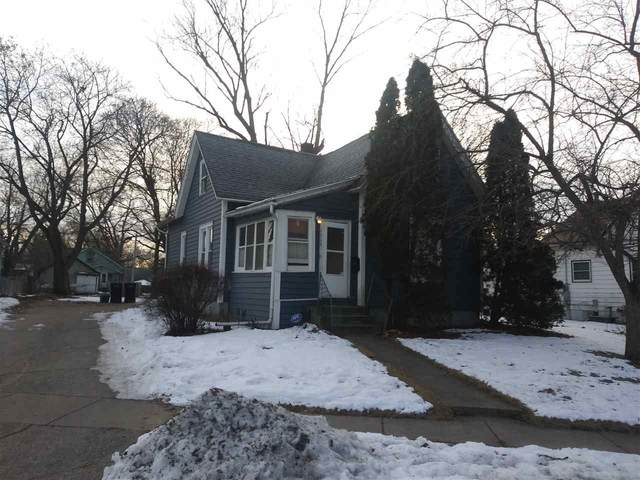 1115 Hinsdale Ave, Beloit, WI 53511 (#1876500) :: Nicole Charles & Associates, Inc.