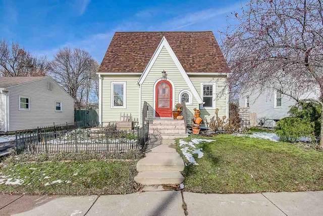 1718 Schlimgen Ave, Madison, WI 53704 (#1876571) :: HomeTeam4u