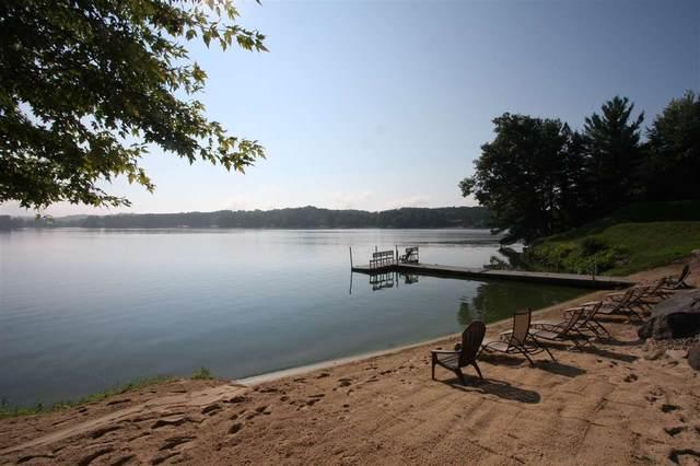 680 E Hiawatha Dr, Lake Delton, WI 53965 (#1876601) :: Nicole Charles & Associates, Inc.