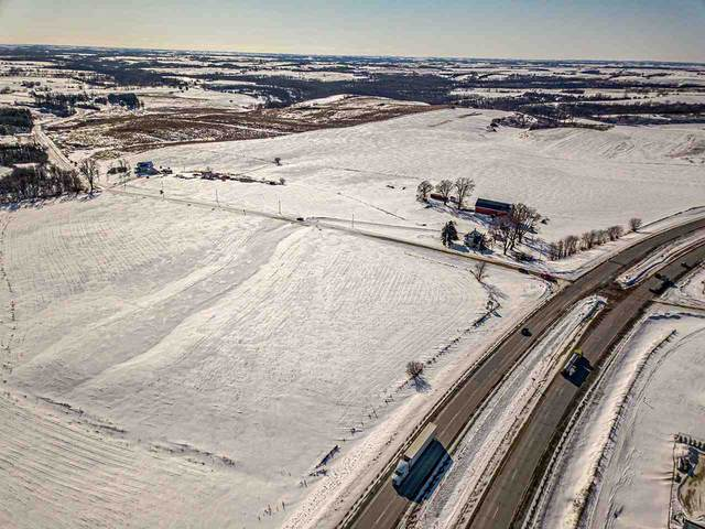 L4 Erbe Rd, Blue Mounds, WI 53572 (#1877082) :: HomeTeam4u
