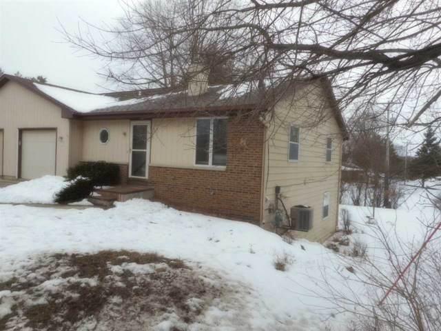 425 N Wright Rd, Janesville, WI 53546 (#1877480) :: Nicole Charles & Associates, Inc.