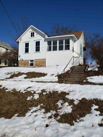 109 Hillside Ave, Stoughton, WI 53589 (#1878332) :: HomeTeam4u