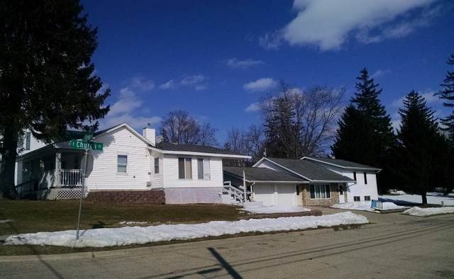 206 E Church St, Dodgeville, WI 53533 (#1878468) :: HomeTeam4u