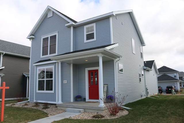 427 Pluto St, Madison, WI 53718 (#1878774) :: HomeTeam4u
