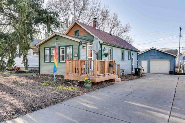 2741 Moland St, Madison, WI 53704 (#1878838) :: HomeTeam4u