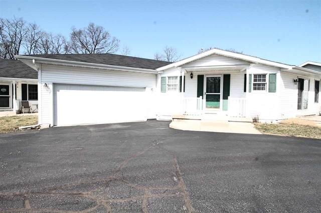 869 Sutherland Ave, Janesville, WI 53545 (#1879529) :: HomeTeam4u