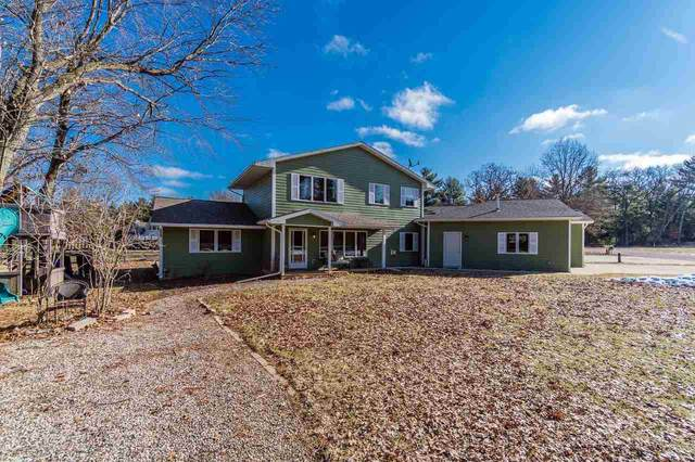 W4212 Big Oak Dr, Germantown, WI 53948 (#1879590) :: Nicole Charles & Associates, Inc.