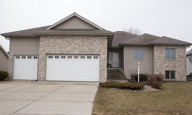 104 Coyle Pky, Cottage Grove, WI 53527 (#1879607) :: HomeTeam4u
