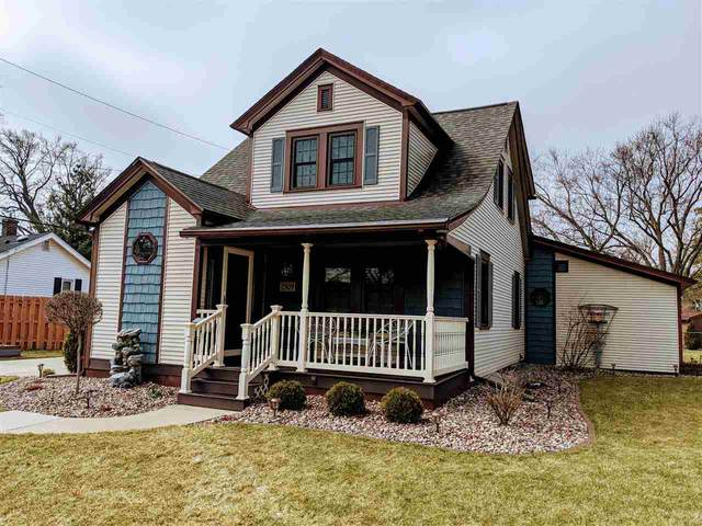 1509 N Washington St, Janesville, WI 53545 (#1879935) :: HomeTeam4u