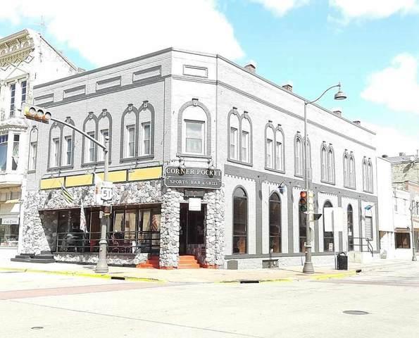 301 Dewitt St, Portage, WI 53901 (#1880427) :: HomeTeam4u